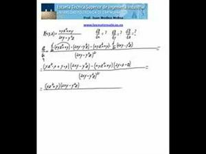 Derivadas parciales de una función de tres variables