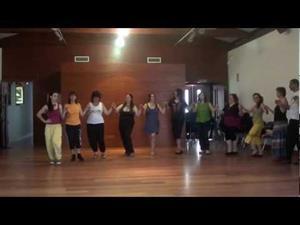 Rododachtilos, danza de Grecia -Curso de Fernando Polanco Uyá, Maoño (Cantabria) 2012-