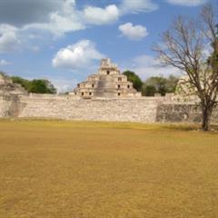 Los Mayas: otra forma de ver el Universo