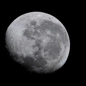 Compañera de la Tierra: la Luna