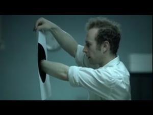 Vídeo para trabajar la expresión oral y escrita, el agujero negro