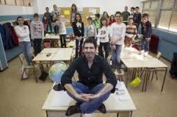 César Bona: Así da clase el candidato español al 'Nobel' de los profesores (elmundo.es)