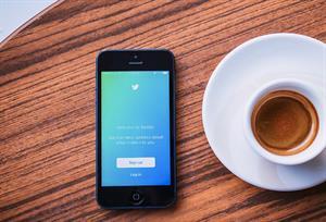 ¿Redes sociales en el aula? 30 cuentas de Twitter que no te puedes perder