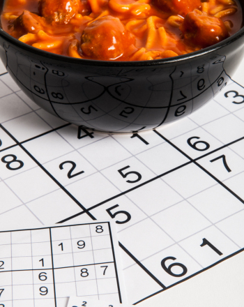 Is it Better to Eat a Large Meal Before or After a Test?