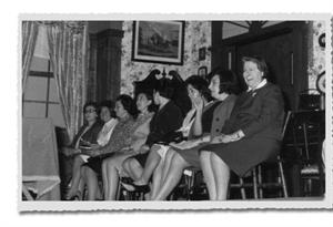 Rescatan a las poetas que alzaron su voz en la posguerra