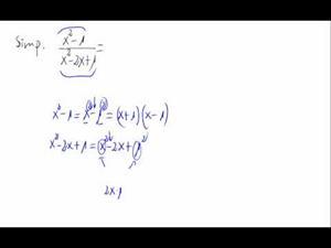 Simplificación de cociente de polinomios