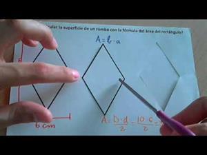 Calcular el área de un rombo a partir del área de un rectángulo