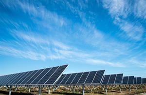 Construimos una central solar térmica. Con una lupa y un espejo. Experimento de Medio ambiente. (Instrucciones para el profesorado)
