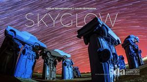 STORMHENGE: Eclipse solar desde el Stonehenge de coches de Estados Unidos