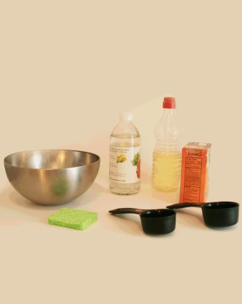 Homemade Cleaners: Getting Squeaky Clean