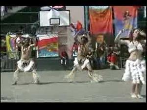 Ka uru te hami, danza de Isla de Pascua
