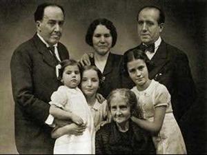 Homenaje a Antonio Machado por Serrat