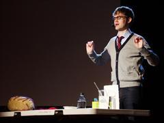 Tyler DeWitt: Hey, profesores de ciencias, háganlo divertido | TEDTalks