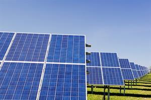 Construimos una central solar térmica. Con una lupa y un espejo. Experimento de Medio ambiente