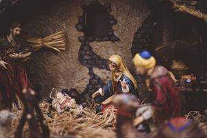 Jesús, María y José (poema de Gloria Fuertes)