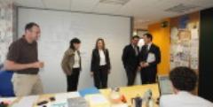 La alcaldesa de Logroño visita la empresa Gnoss en el Día de Internet