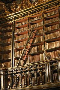 Biblioteca de humanidades de Eduardo Sandez: más de 10.000 libros (FileCloud)