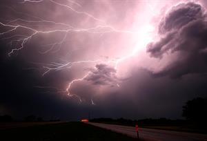 ¿Cómo surgió el electromagnetismo? | Artículo científico