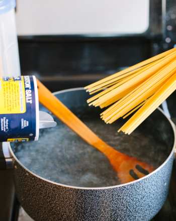 Does Adding Salt to Pasta make it Cook Faster?