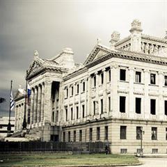 Historia e historias de la construcción del Palacio Legislativo