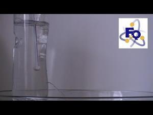 Experimentos de Física (presión): Chorro de agua sorprendente