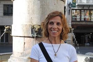 """Lourdes Domenech @lourdesdomenech """"La clave para incentivar a los docentes es invitarlos a conocer lo que hacen otros docentes"""" - Revista Didactalia"""