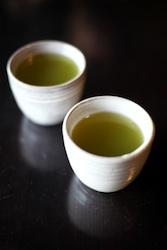 How to Extract Caffeine from Gunpowder Green Tea