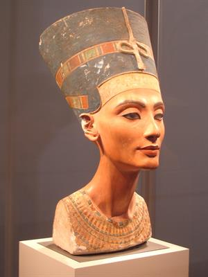 Busto de Nefertiti en 3D (catedu.es)