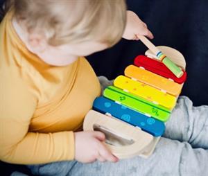 El sentido del oído: Construcción de un xilófono. Práctica para niños de 4 a 7 años