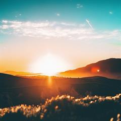 El Sol asoma... ¿por dónde?
