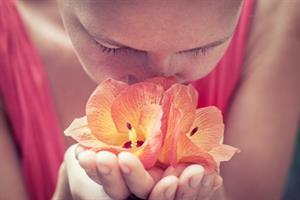 El sentido del olfato: Reconocimiento y distinción de olores. Práctica para niños de 4 a 7 años