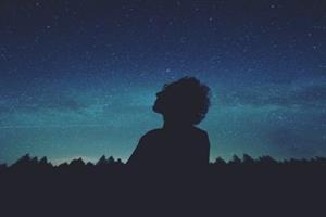 Las mejores aplicaciones para cazar estrellas y puestas de sol (Fundación Eroski)