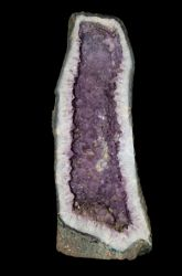 Can You Judge a Geode by its Cover?
