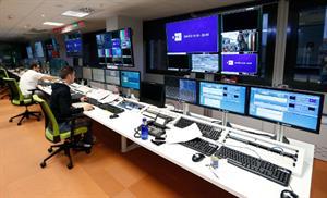 Las TIC, mejor que las TICs o las TICS (fundeu.es)