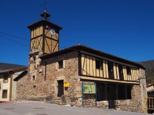 Teatro en Canales de la Sierra