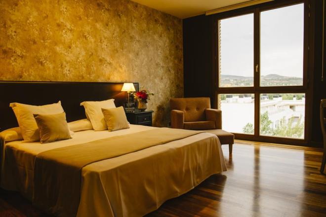 Hotel-Bodega La Casa del Cofrade