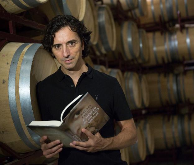 Andrés Pascual presenta hoy su nueva novela en Riojafórum