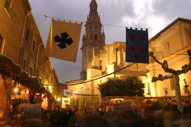 Feste an Mariä Empfängnis Mittelaltermarkt und 'Mercado del Camino'