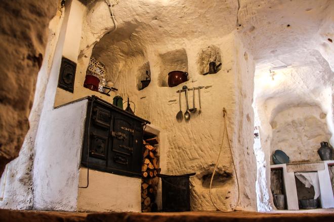 Visita a las Cuevas de los Cien Pilares