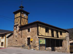 Teatro de Canales de la Sierra