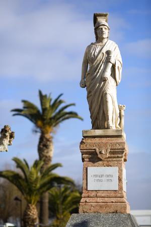 Visitas guiadas por el centro histórico de Calahorra y ruta de belenes
