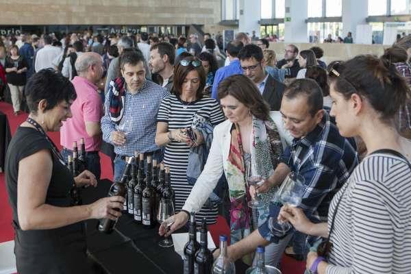 Un millar de personas han participado en Riojaforum en 'Ecovino 2015'