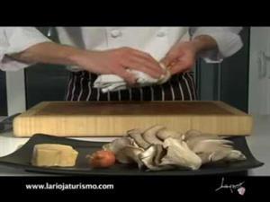 Alcachofas rellenas de foie y setas