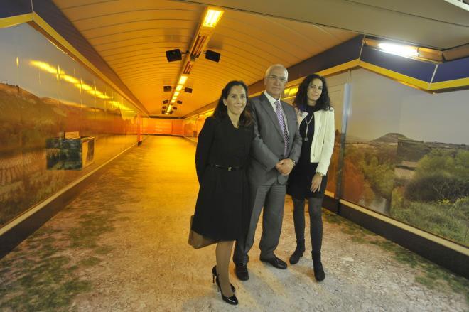 La Rioja Turismo y Destinia crean en el metro de Callao un túnel que une la madrileña estación con La Rioja