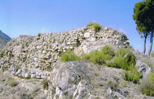Castillo roquero de Aguilar del Río Alhama