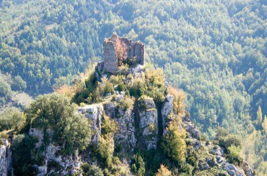 Castillo roquero de Nieva de Cameros