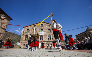 """Ceniceros señala que la inclusión de Las Viniegras como pueblos más bonitos de España """"ofrece la oportunidad de dar a conocer La Rioja rural"""""""