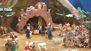 Belén de Playmobil en el Claustro de la Catedral de Santo Domingo de la Calzada