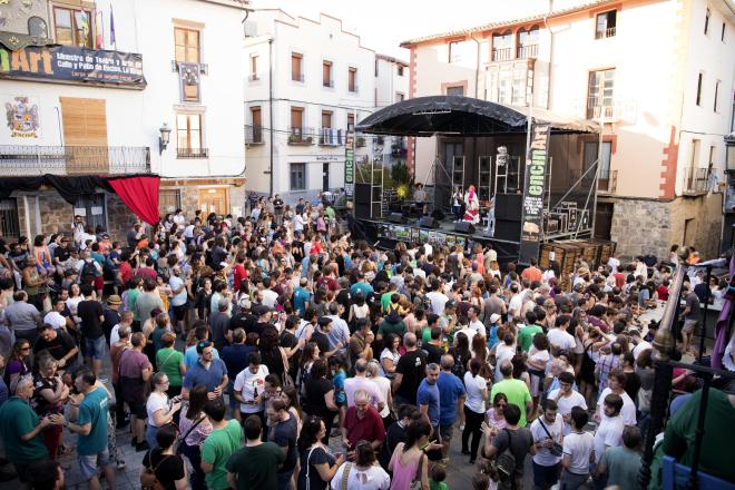 XI Encinart: Muestra de Teatro y Arte de Calle y Patio