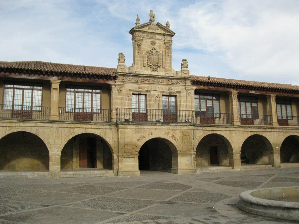 Ayuntamiento De Santo Domingo De La Calzada Lugar De Interés La Rioja Turismo